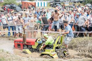 V blate mali čo robiť najmä menšie stroje.