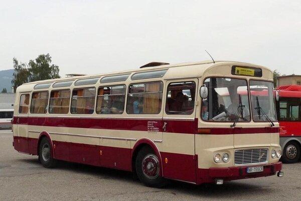 Retro autobus bude jazdiť počas výstavy.