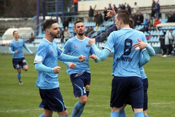 V nadstavbe sa bude hrať o 36 bodov, Nitrania strácajú na vedúce VSS Košice 9 bodov. Teoretickú šancu na prvé miesto teda ešte majú.