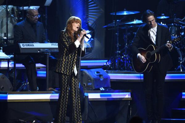 Florence Welch budete môcť počuť aj o dva týždne na koncerte vo Viedni.