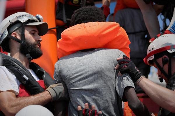 Záchrana migrantov.