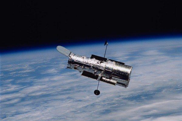 Vesmírny teleskop pomôže sonde New Horizons.