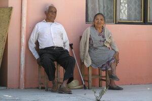 Hlúškovi indiánski starí rodičia v Santa Clare Huitziltepec.