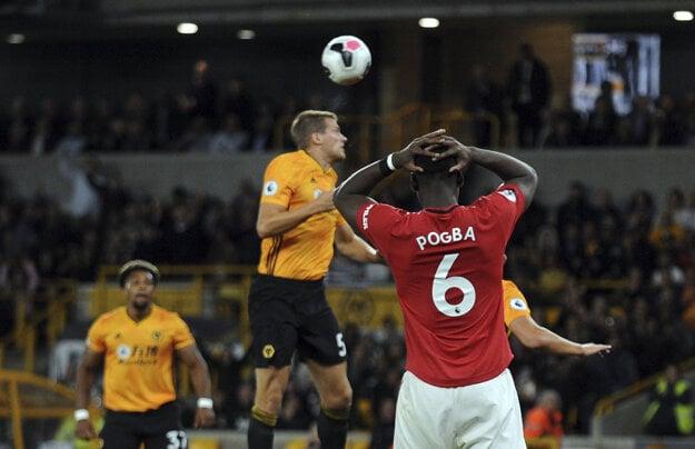 Paul Pogba reaguje po zahodenej penalte.