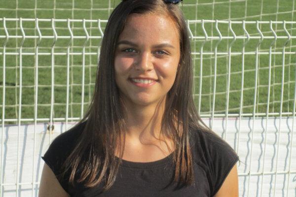Rozhodkyňa Kristína Singlárová študuje na gymnáziu.
