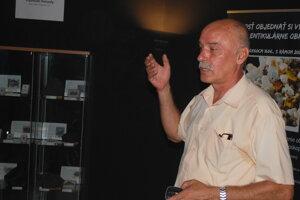 Geológ Milan Gargulák, slovenský odborník na meteority.