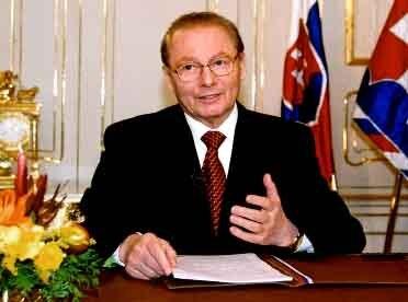 novoročný prejav prezidenta sr rudolfa schustera v televízii 1.januára 2001. foto: peter brenkus pre tasr
