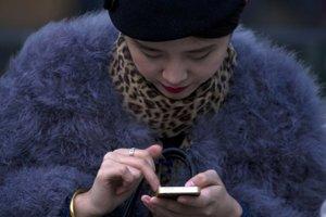 Používateľov mobilov môžu sledovať všade.