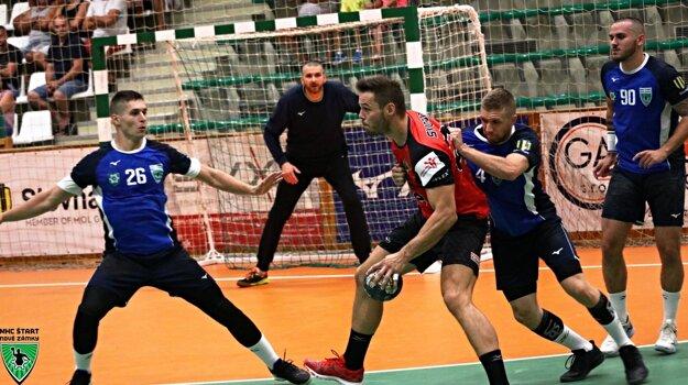 Michal Meluš v bráne proti zástupcovi českej najvyššej súťaže zo Zubří