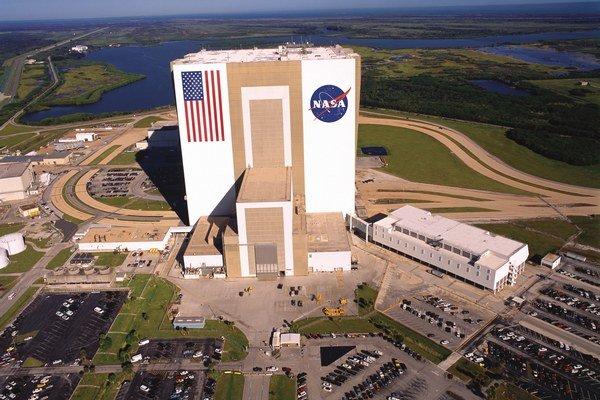 O zariadenia NASA na Floride sa zaujíma aj americký výrobca lietadiel Boeing.
