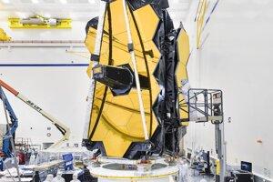Konštrukcia ďalekohľadu je navrhnutá tak, aby sa zrkadlová časť mohla zložiť a vložiť do nosnej rakety, ktorá ho potom vynesie do vesmíru.