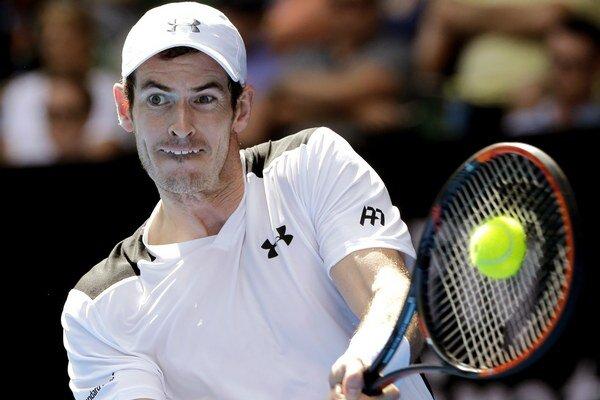 Murray zatiaľ postupuje v Melbourne bez problémov do ďalších kôl.