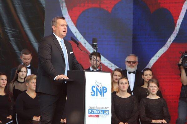 Predseda parlamentu Andrej Danko počas prejavu na oslavách SNP.