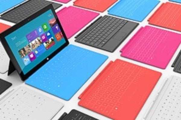 Nie je to tablet, ale kríženec tabletu a notebooku, tvrdí Microsoft. Pohľad na vstavanú klávesnicu to potvrdzuje.