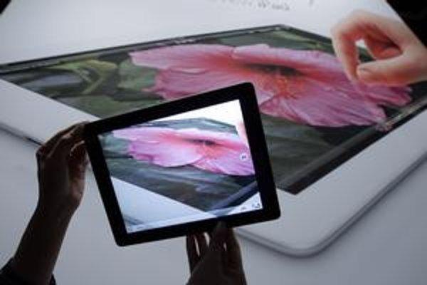 Nový iPad sa začal na Slovensku predávať minulý týždeň. Zaujme najmä špičkovým displejom, ktorého kvalita je rozpoznateľná na prvý pohľad.