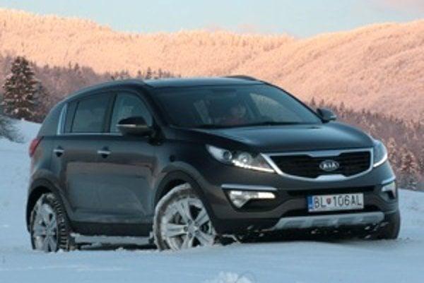 Kia Sportage získala najviac hlasov novinárov na Slovensku. Finále sa zúčastnila aj verzia s novým naftovým motorom 1,7 CRDi.