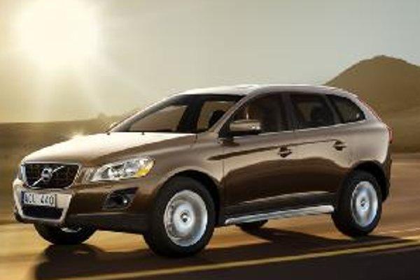 Volvo XC60 potvrdzuje pozíciu automobilky v rámci výskumu bezpečnosti. Novinka je na najlepšej ceste vyvrátiť povesť, že Volvo je autom pre seniorov.