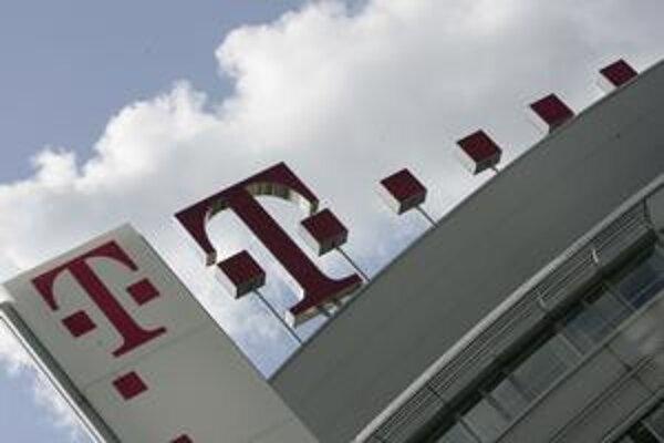 Nemeckí akcionári slovenského Telekomu sú pripravení sporiť sa so štátom pre GSM licencie.