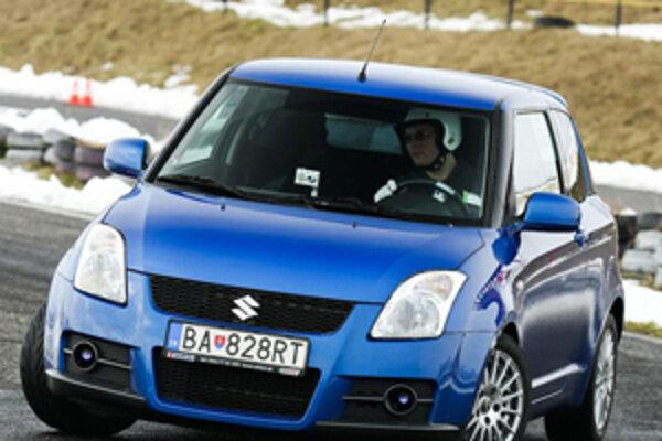 V rámci Autosalomu 2009 sa jazdí aj Suzuki Cup pre majiteľov áut tejto značky.
