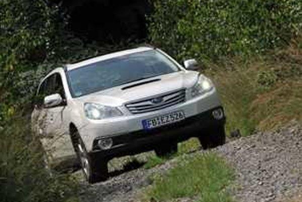 Subaru Outback je priestranné kombi so schopnosťami SUV. V kombinácii s dieselom chutí výborne.