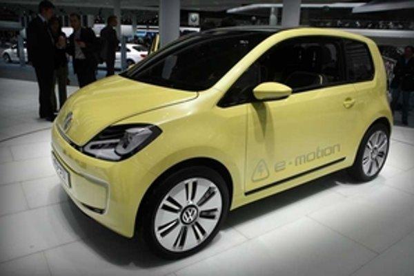 Volkswagen e-Up! bude prvá elektrická lastovička, ku ktorej s určitým časovým odstupom  pribudnú ďalšie modely.  Napríklad prvé elektrické Polo môžeme očakávať najskôr v roku 2020.
