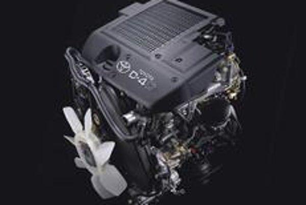 Medzi podstatné parametre nového motora patrí splnenie emisnej normy  Euro 4.