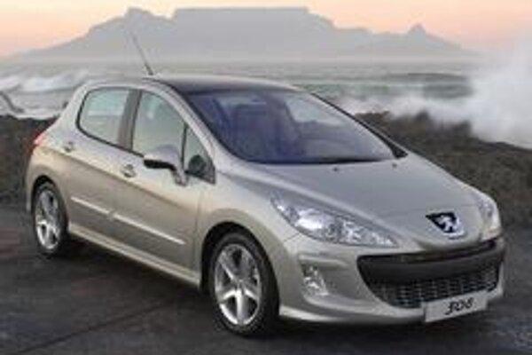 Peugeot 308 už nebude vyzerať tak originálne ako jeho predchodca vo svojej dobe. Súčasný dizajn značky Peugeot sa však teší mimoriadnej obľube