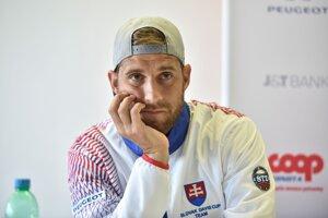 Slovenský tenista Martin Kližan počas tlačovej konferencie k zápasu I. skupiny euro-africkej zóny Davisovho pohára Slovensko - Švajčiarsko.