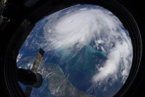 Hurikán Dorian pri Bahamách z Medzinárodnej vesmírnej stanice.