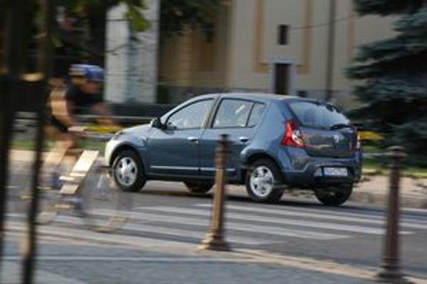 Jazdné vlastnosti Sandera sú primerané triede a kvalita cene.