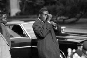 Mugabe v roku 1974 v Ženeve vo Švajčiarsku.
