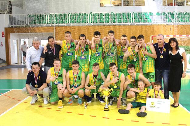 juniori ŠBK Junior Levice si vposlednej sezóne vybojovali titul majstrov Slovenska.