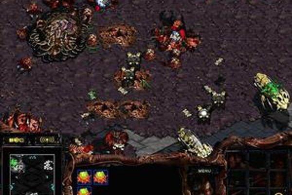 Pôvodný StarCraft vyšiel v roku 1998.