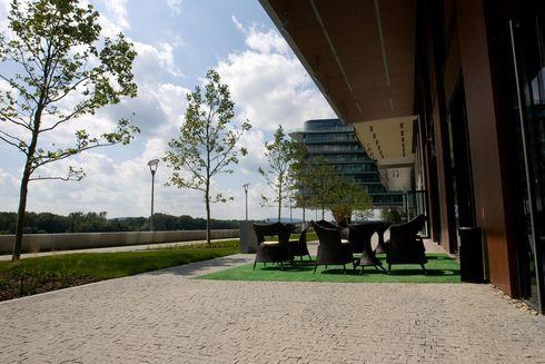 sm-0812-021c-riverpark.rw_res.jpg