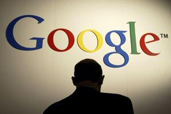 Vlastník mediálneho impéria chce zakázať prístup vyhľadávača Google k svojim  stránkam.
