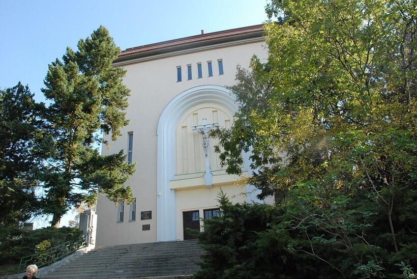kostol2-820.jpg
