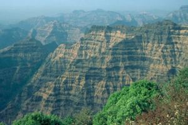 Dekkanské trapy v Indii vznikli po rozsiahlej a dlhotrvajúcej vulkanickej činnosti koncom druhohôr. Možno priniesla skazu aj dinosaurom.