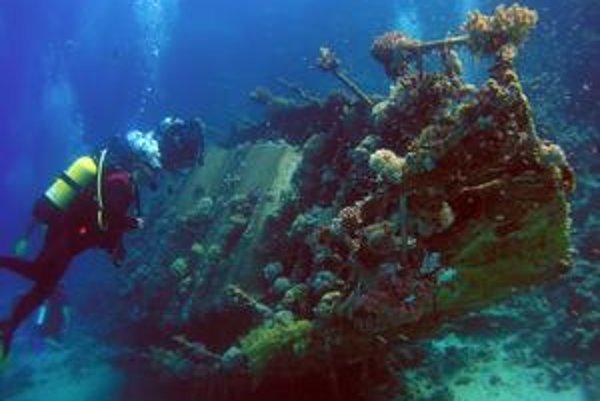 Vo vrakoch starých lodí sa niekedy nachádzajú historické poklady. Nárok na ne však nemá vždy ich objaviteľ.