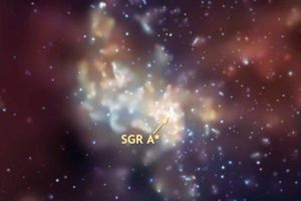 """Vesmírnym """"ďalekohľadom"""" Chandra."""