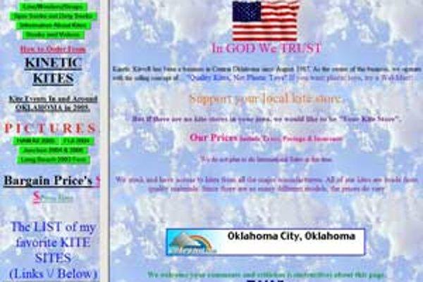 Stránka americkej firmy Kinetickites.com je príkladom, ako firemnú stránku nerobiť.