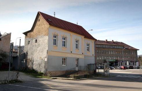 katov-dom_r9644.jpg