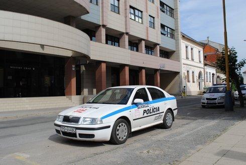 pk_policajti2_270614_ako_r1532_res.jpg