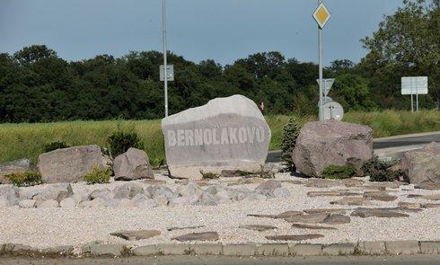 kruhac-v-bernolakove2_archiv-obce_res.jpg