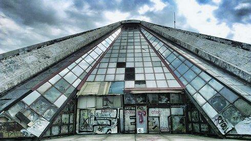 pyramida_res.jpg