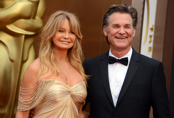 00_goldie-hawn-and-kurt-russell_r5820.jpeg