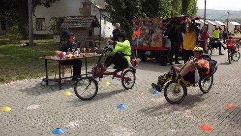 prve-stretnutie-lezadlovych-bicyklistov-_r8801_res.jpg
