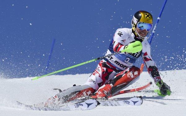 switzerland_alpine_skiing_world_cup-52f3_r8459_res.jpeg