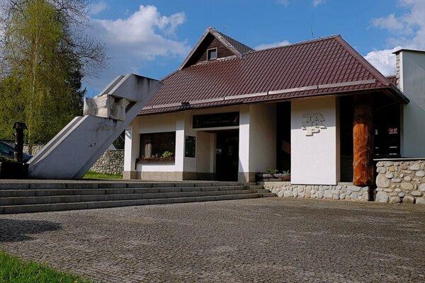 Botanická záhrada v Tatranskej Lomnici je zatvorená.