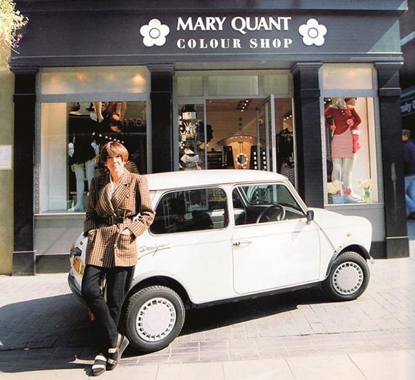 mary_quant_and_mini_designer_r7430.jpg