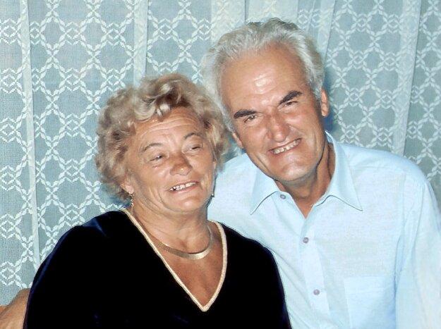 Július Boško s manželkou.